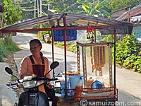 Trader-of-sausages-Vermicell-koh-samui.jpg